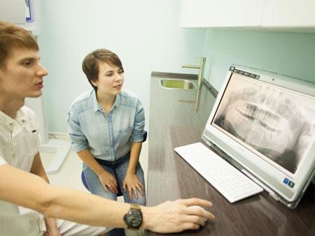 Исследование челюсти с помощью панорамного снимка