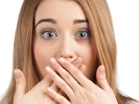 Искривление зубов: причины патологии и способы ее устранения