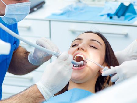 процесс сепарации зубов