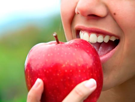 идеальные зубы после реставрации